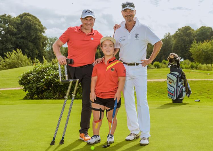 Thomas Frey bei den Internationalen Deutschen Meisterschaften der Golfer mit Behinderung 2017 mit tolen Menschen: Jennifer Sräga und Thomas Jandke.